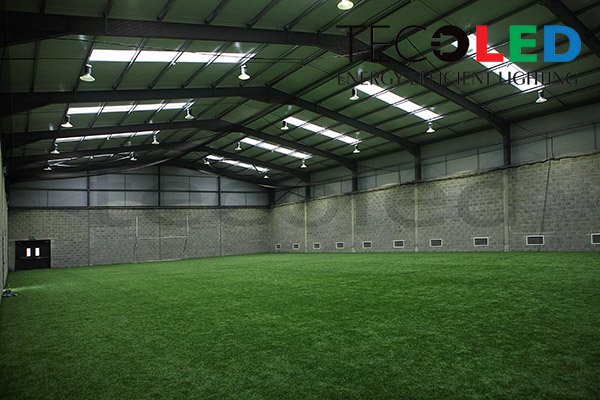 Lampy przemysłowe LED - oświetlenie hali sportowej